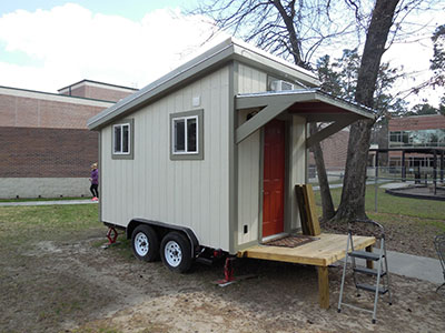 Class project builds, donates house to non-profit