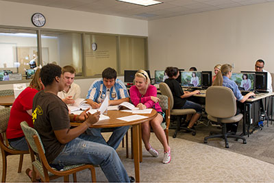Register for fall classes at LSC-Kingwood
