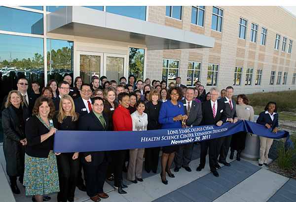 Ribbon cutting at the Health Science Center expansion