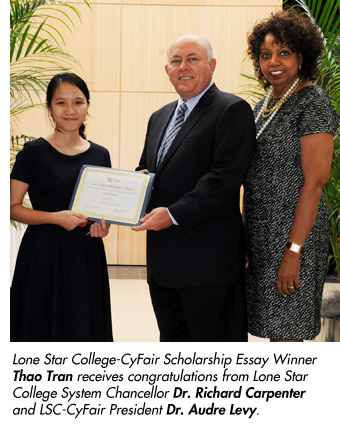 Thao Tran receives Scholarship Essay award