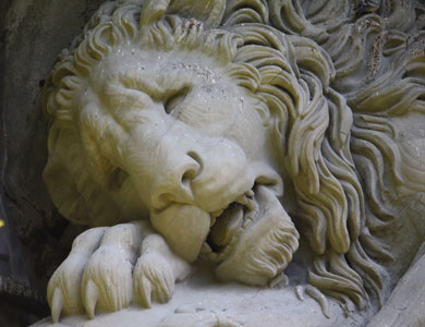 Lion of Lucerne, carved sandstone, 1821.