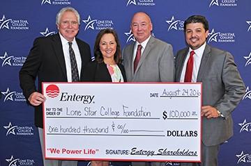 Entergy, Texas Inc  Donates $100,000 to Lone Star College