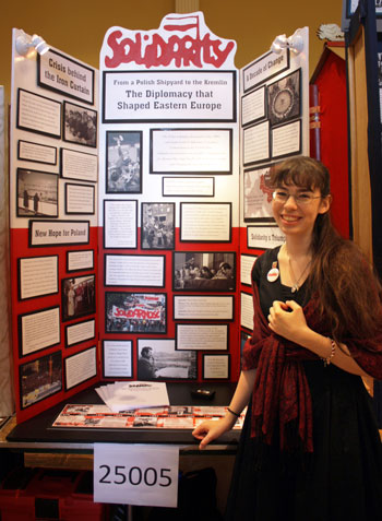 "Annie Salinas, with her project: ""Solidarity: From a Polish Shipyard to the Kremlin, the Diplomacy that Shaped Western Europe""."